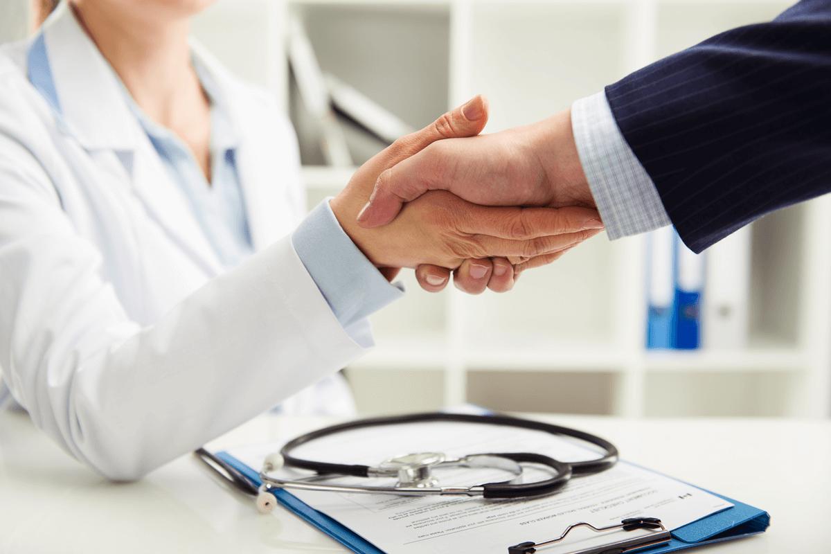 最新・クリニックで行えるAGAの治療一覧【2019年】服薬・メソセラピー・植毛